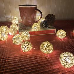 Lambax - Dekoratif Pilli Rattan Top İp Led Işık Küçük